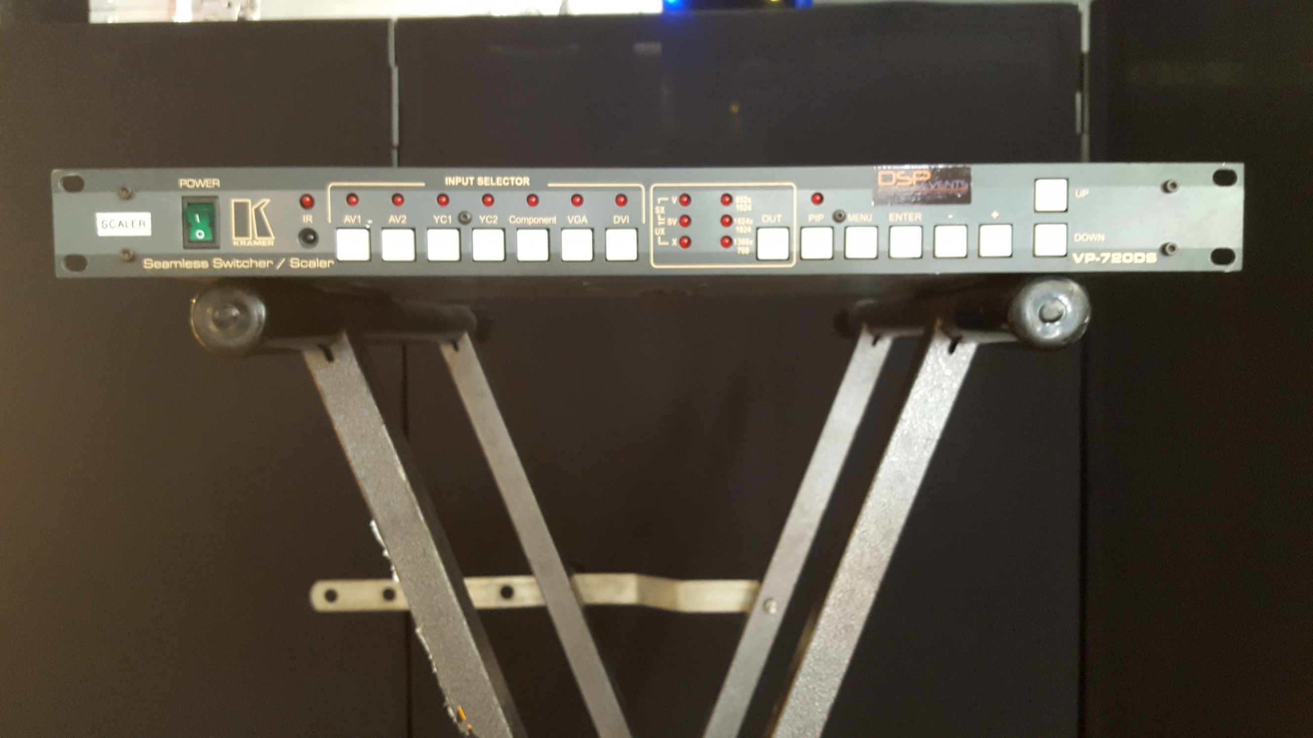 VP-720DS Seamless Switcher / Scaler