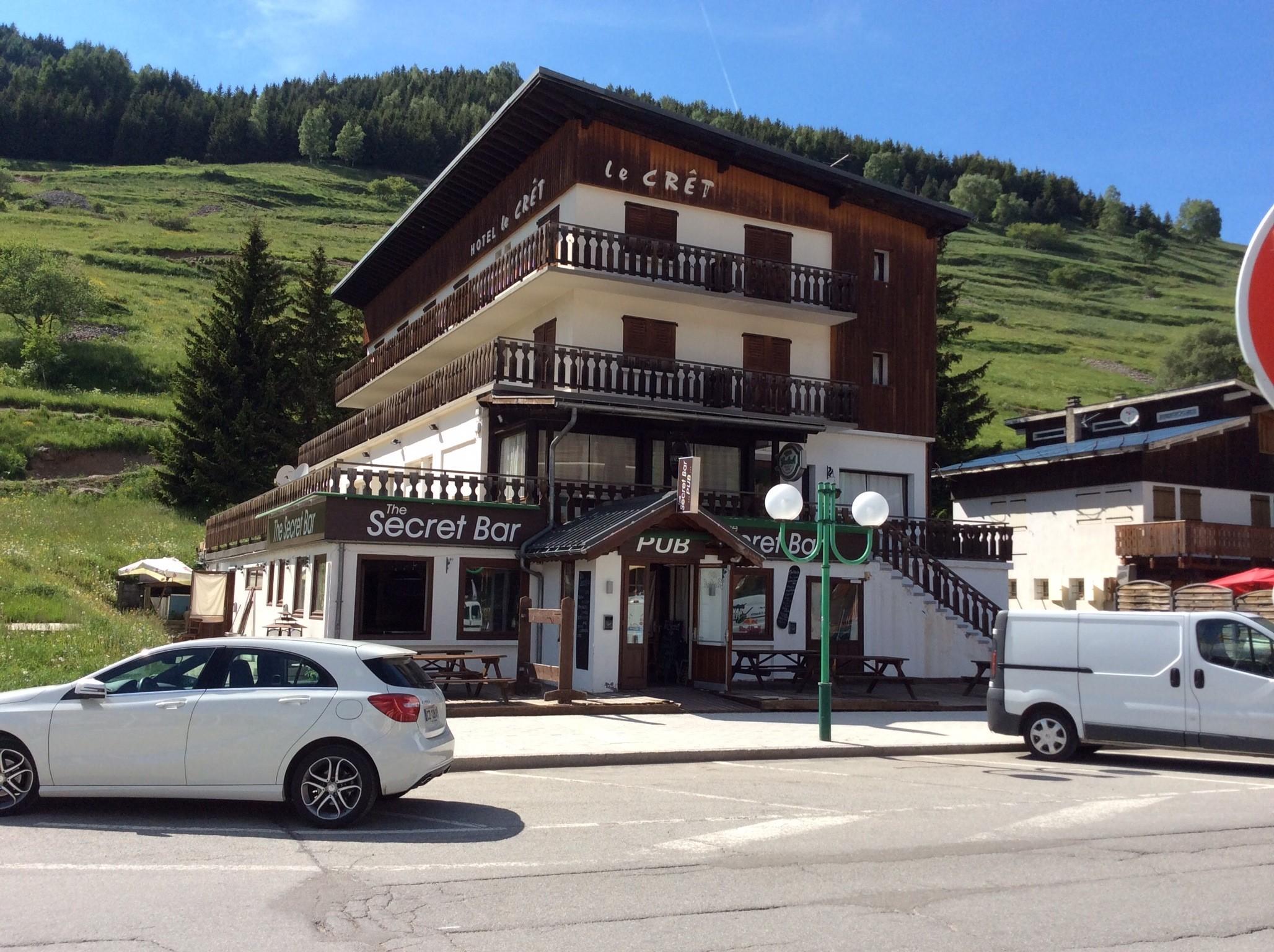 The Secret Bar Deux Alpes